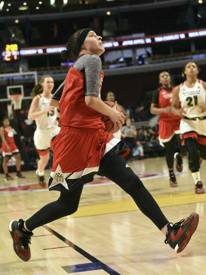 Amber Ramirez of the East team goes to the basket during the 2016 McDonald's All-American Game on March 30, 2016 at the United Center in Chicago. Photo: David Banks /Getty Images / 2016 Getty Images