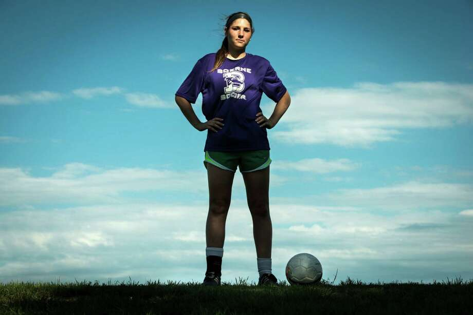 Junior Emily Blaettner, a top goal scorer for Boerne High School girls soccer team, poses for a portrait on April 13, 2015. Photo: Matthew Busch /For The Express-News / © Matthew Busch