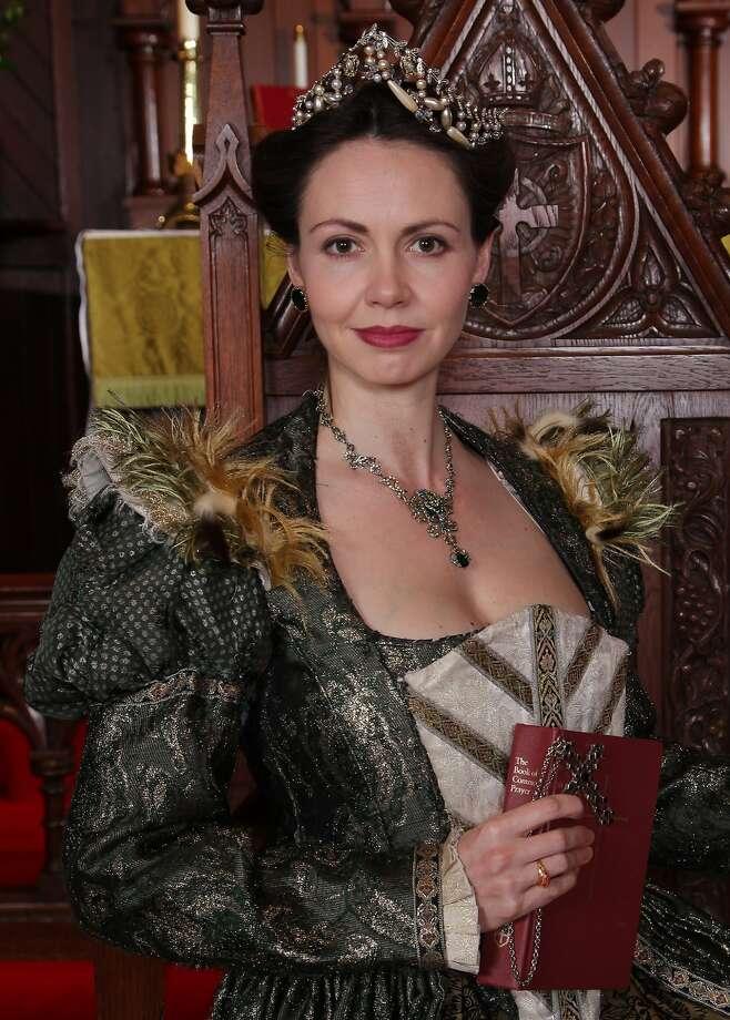 """Liz Sklar in the title role of Marin Theatre Company's """"Anne Boleyn."""" Photo: Ed Smith, Courtesy Marin Theatre Company"""