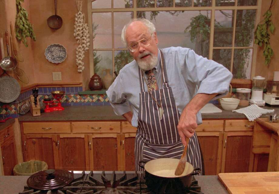 "Jeff Smith whips up a meal during the taping of a segment from ""The Frugal Gourmet Keeps the Feast,"" in this Sept. 15, 1995 file photo.  Photo: Associated Press"