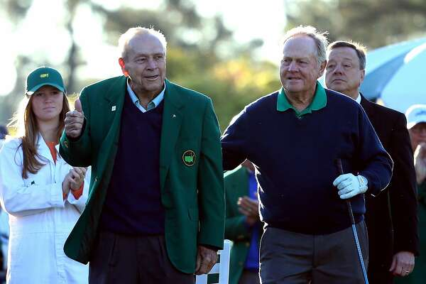 AUGUSTA, GEORGIA - APRIL 07:  Honorary starters Arnold Palmer and Jack Nicklaus attend the ceremonial tee off to start the first round of the 2016 Masters Tournament at Augusta National Golf Club on April 7, 2016 in Augusta, Georgia.  (Photo by Andrew Redington/Getty Images)
