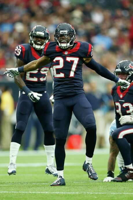 Strong safety Quintin Demps (27) brings his enthusiasm back to the Texans this fall after signing a one-year, $1.5 million contract Thursday. Photo: Karen Warren, Staff / © 2015 Houston Chronicle