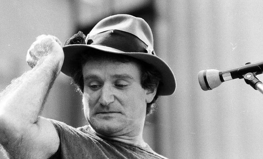 Robin Williams was the MC at the Oct. 4 1980, Bread & Roses concert. Photo: Mike Maloney, The Chronicle