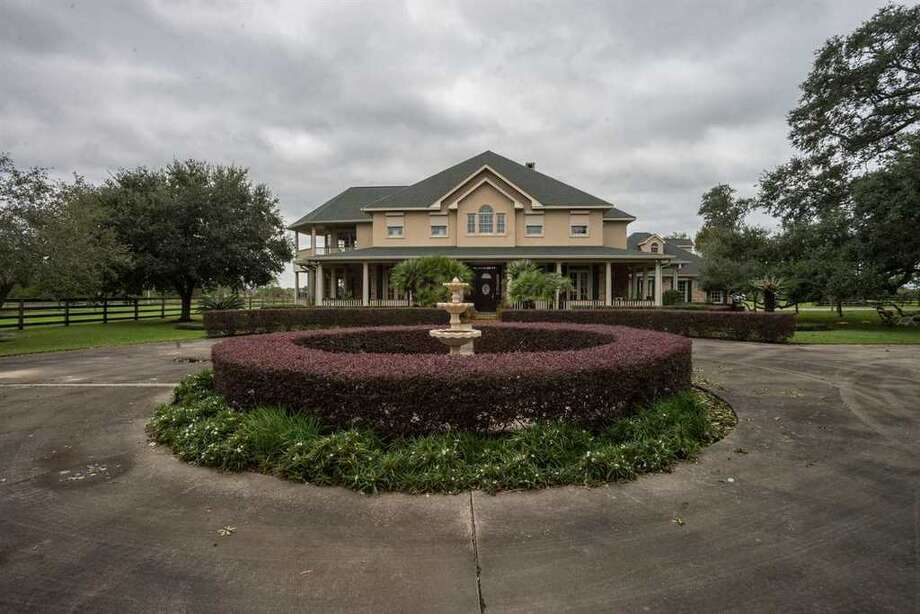 9888 Gaulding Rd, Beaumont, TX 77705