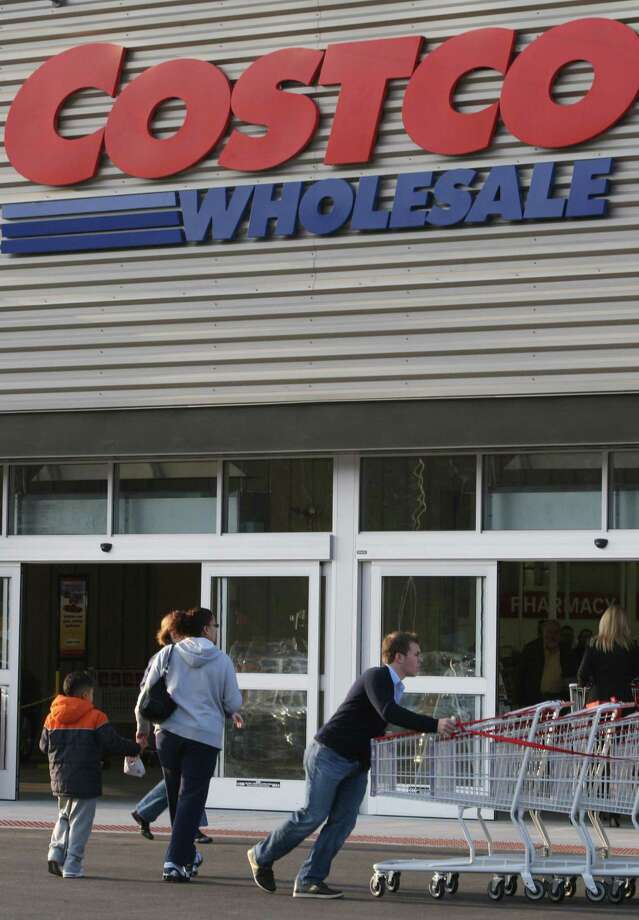Costco Wholesale Corp. announced Thursday it's raising its membership fees, as the warehouse club operator released quarterly results that fell short of Wall Street's expectations. Photo: Chicago Tribune /File Photo / Chicago Tribune
