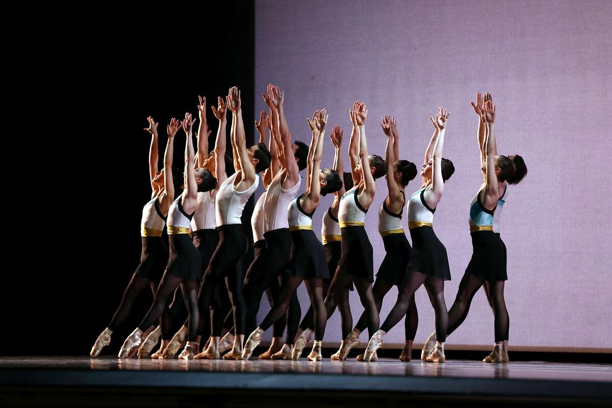 """Dancers perform during a rehearsal of """"In the Countenance of Kings"""" at War Memorial Opera House in San Francisco, California, on Thursday, April 7, 2016."""