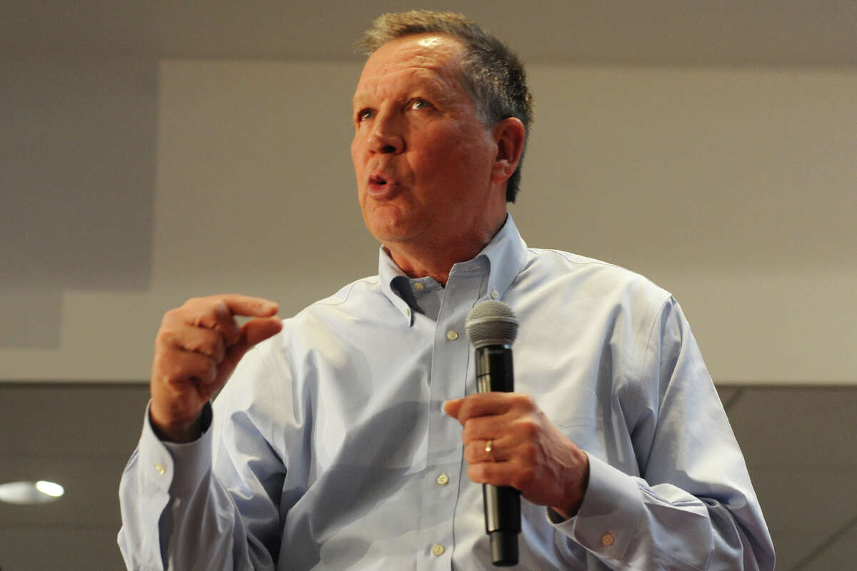 Ohio Governor John Kasich, a Republican candidate for President, speaks at Sacred Heart University, in Fairfield, Conn. April 8, 2016.
