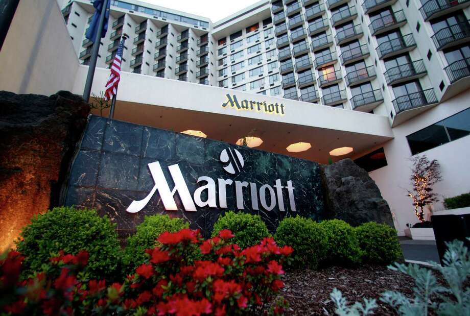 This Marriott hotel is in downtown Portland, Ore.  Shareholders have approved Marriott's takeover of Starwood Hotels & Resorts Worldwide.   Photo: Rick Bowmer, STF / AP