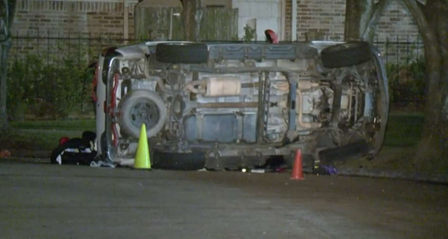 A woman died after miscalculating a street curve early Saturday in west Houston. Photo: Metro Video Screen Shot