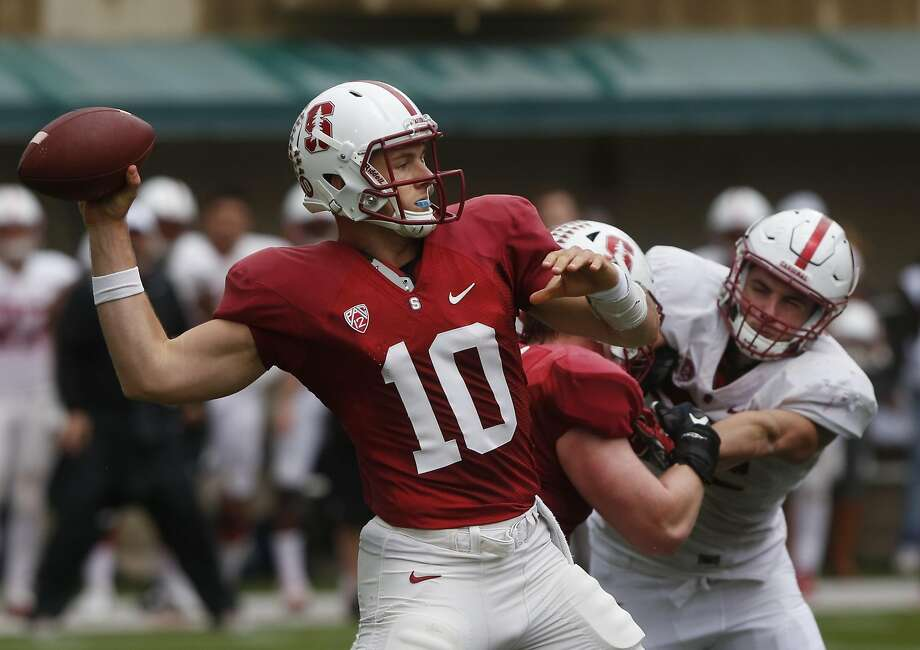 Keller Chryst attempts a pass during Stanford's Cardinal and White spring football game in Cagan Stadium April 9, 2016 in Palo Alto, Calif. Photo: Leah Millis, The Chronicle