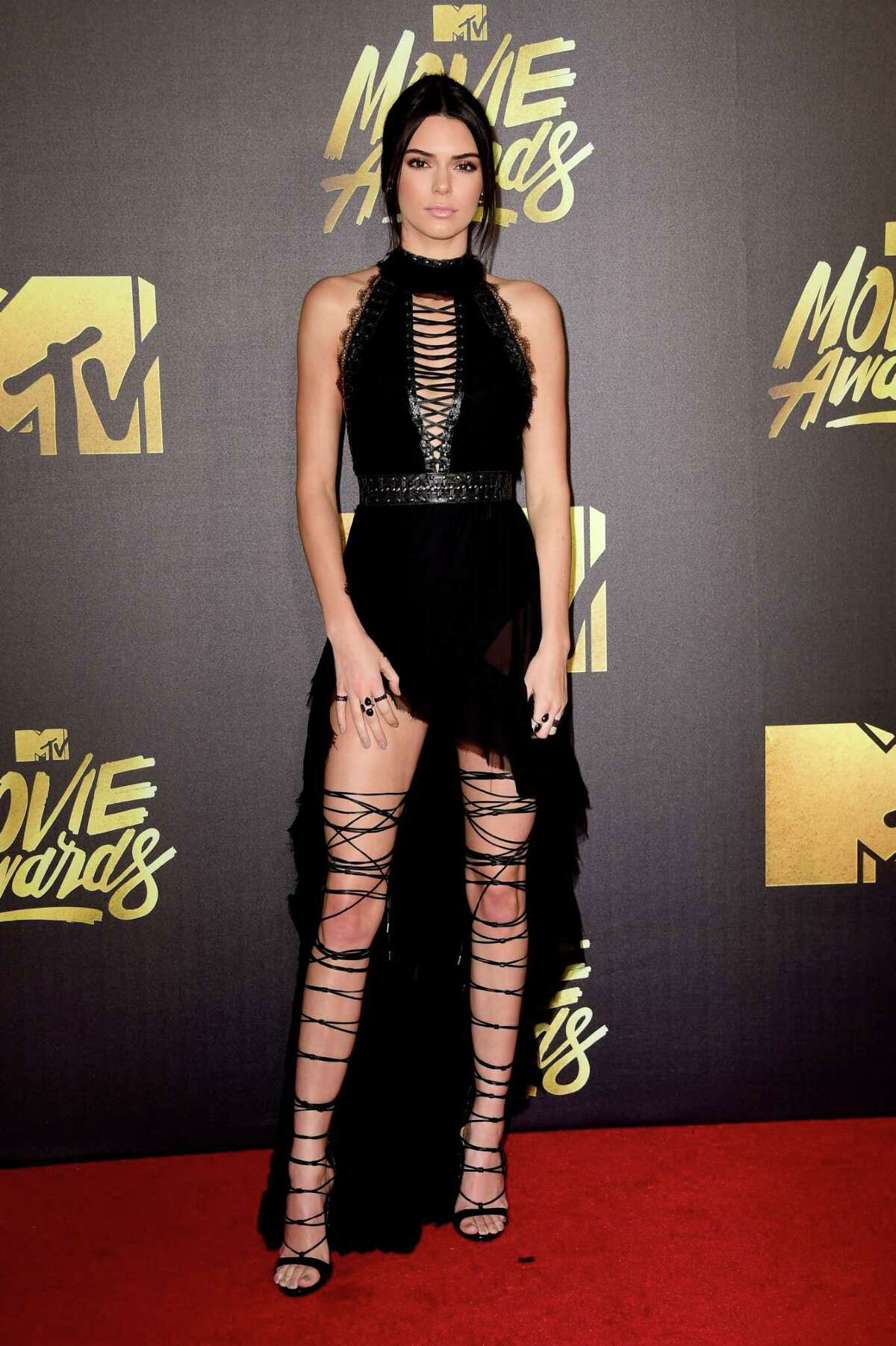 Best: Kendall Jenner We imagine it took an entire team of minions to get these shoes on, but the result satisfies our craving for MTV-inspired awesomeness.