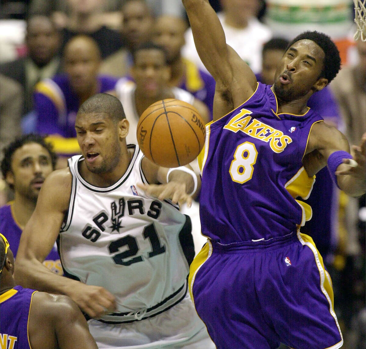 39 point margin Lakers 111, Spurs 72 May 25, 2001 - Western Conference Finals in Los Angeles
