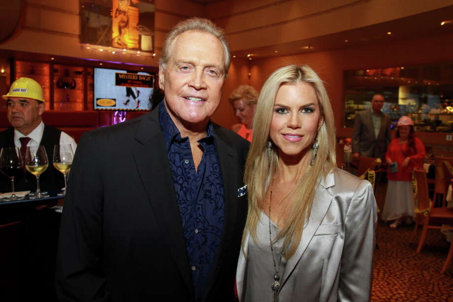 Lee and Faith Majors at the celebrity servers event. (For the Chronicle/Gary Fountain, April 10, 2016) Photo: Gary Fountain, Gary Fountain/For The Chronicle / Copyright 2016 Gary Fountain