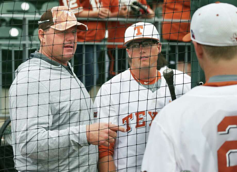 Roger Clemens talks with his sons Kacy (center) and Kody after the game as Texas loses to TCU 9-5 in college baseball at Disch-Falk Field in Austin on March 26, 2016. Photo: Tom Reel /San Antonio Express-News / 2016 SAN ANTONIO EXPRESS-NEWS