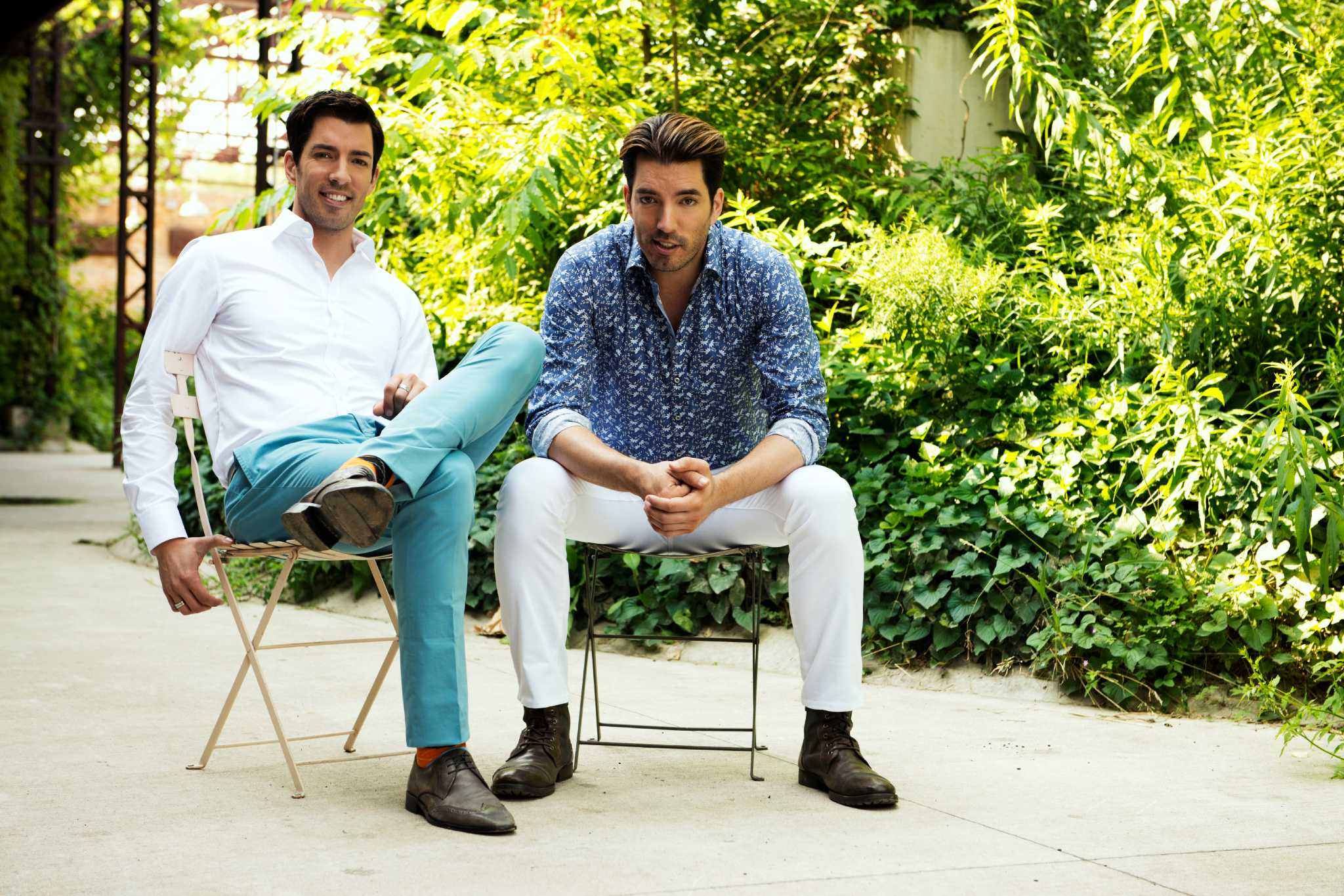 The Property Brothers Find Run Down Houses And Turn Them