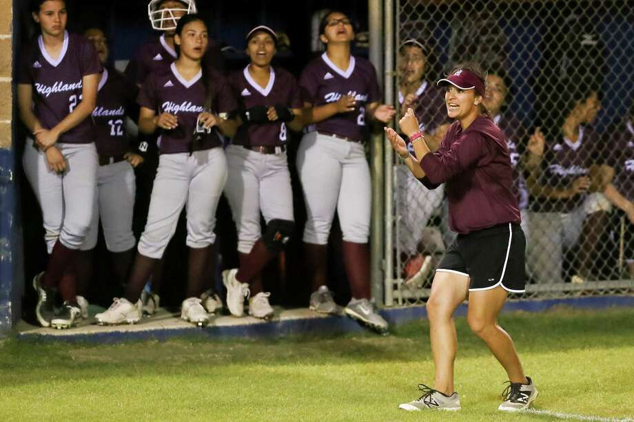 """Highlands' Monica Acuna said she invests so much energy in coaching in hopes that players will respond in kind. """"They see how passionate I am about the sport. The sport has taken me far. I want that same goal for them in life."""" Photo: Marvin Pfeiffer / San Antonio Express-News / Express-News 2016"""