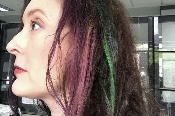 Colored hair for Fiesta with hair chalk. Not such great results.