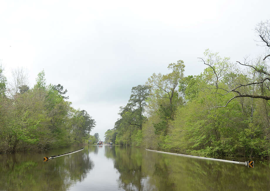 Flood levels are lowering in Deweyville Friday, but officials stress it is still unsafe to go into the area. Photo taken Friday, March 18, 2016 Kim Brent/The Enterprise Photo: Kim Brent / Beaumont Enterprise