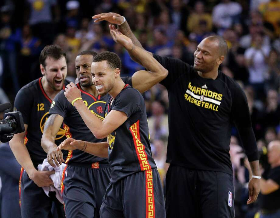 The Golden State Warriors will be shooting for a place in NBA history Wednesday night against Memphis when they pursue a single-season record 73rd victory in the regular-season finale.Click through the gallery to see some of the most memorable single-season teams in pro sports history. Photo: Marcio Jose Sanchez, Associated Press / AP