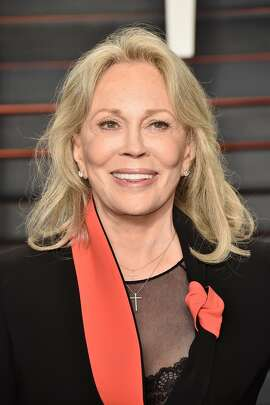 BEVERLY HILLS, CA - FEBRUARY 28:  Actress Faye Dunaway attends the 2016 Vanity Fair Oscar Party Hosted By Graydon Carter at the Wallis Annenberg Center for the Performing Arts on February 28, 2016 in Beverly Hills, California.  (Photo by Pascal Le Segretain/Getty Images)