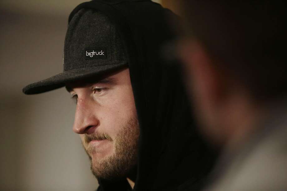 Joe Staley hopes the 49ers can avoid a rebuilding year despite its inexperienced roster. Photo: Lea Suzuki, The Chronicle