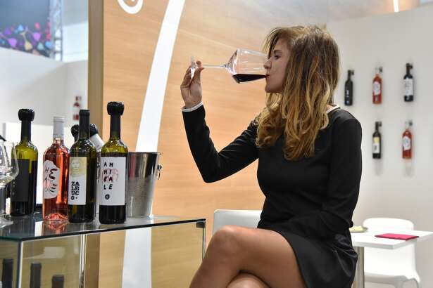 Italy    Standard drink: 12g   Low-risk drinking:  36g a day