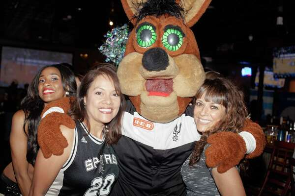 San Antonio Spurs fans rallied with the Coyote and Silver Dancers at Little Woodrow's, April 13, 2016.