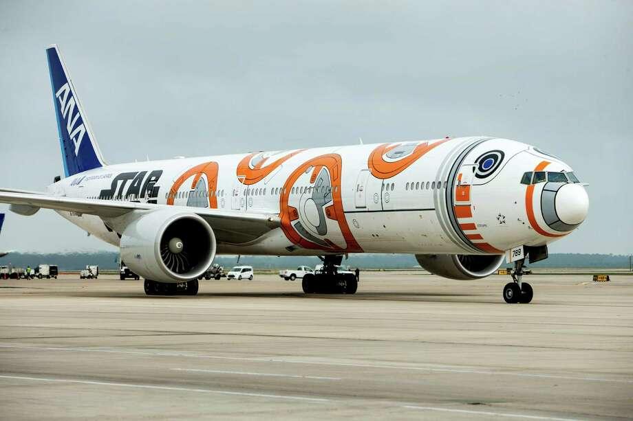 Star Wars Plane Lands In Houston Houston Chronicle
