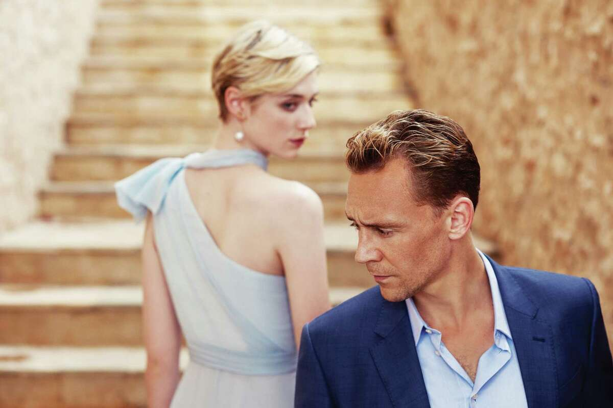 Jonathan Pine (Tom Hiddleston) comes perilously close to hurting his operation when he engages in a romantic liaison with Roper's girlfriend Jed (Elizabeth Debicki).