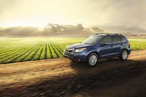 New for 2016, Subaru Forester models equipped with EyeSight now also include Steering-Responsive Fog Lights, which use the pre-aimed fog lights to individually provide enhanced illumination in the direction of a turn.