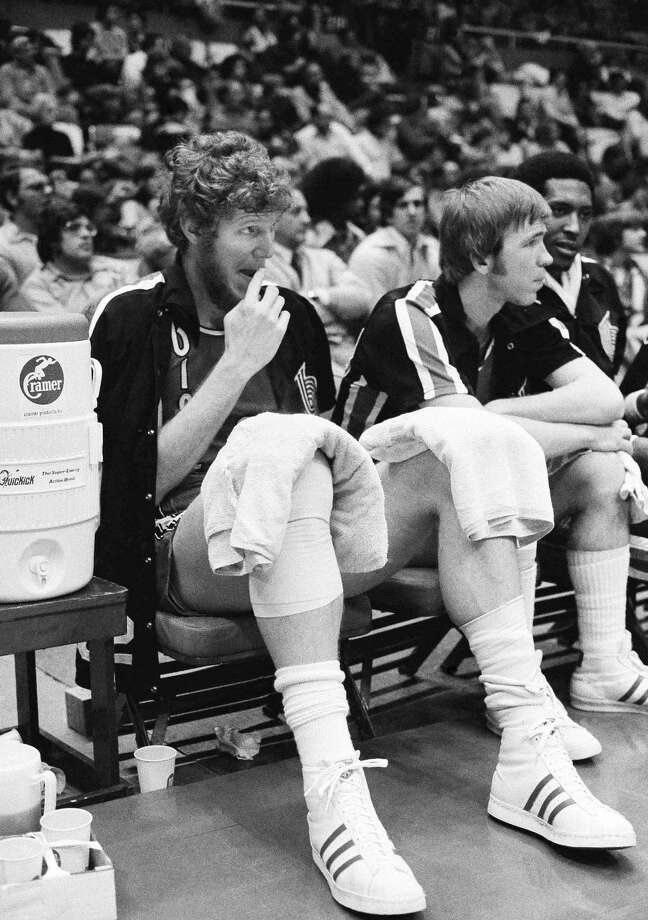 Left: The injuries of Bill Walton (left) ruined the Trail Blazers' repeat chances, but they were still a great team. Photo: ASSOCIATED PRESS / AP1977