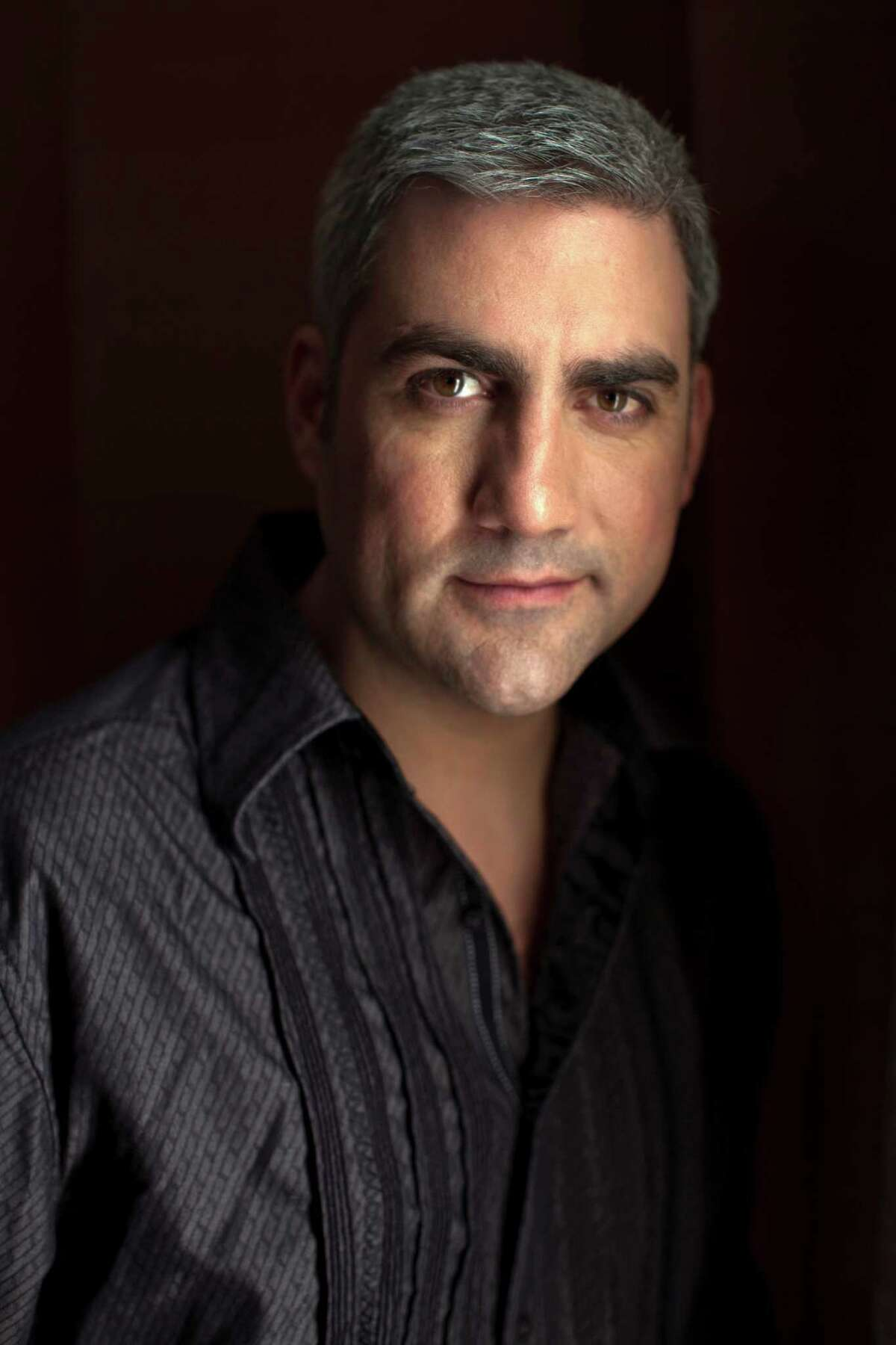 Taylor Hicks will perform at Fairfield Theatre Company's StageOne on Thursday, April 21.