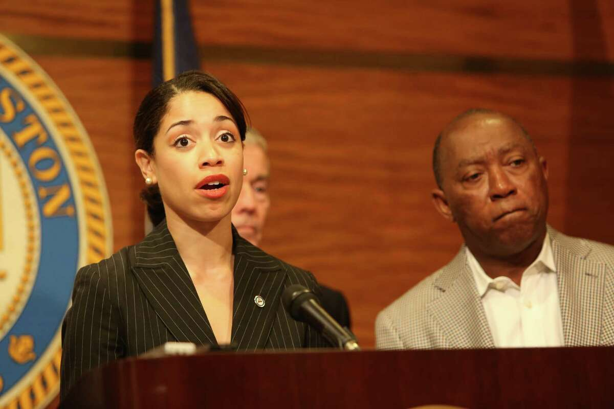 Council Member Amanda Edwards showed her support for Mayor Sylvester Turner as he unveiled his preliminary General Fund budget and detail how he has closed a $160 million budget gap Friday, April 15, 2016, in Houston. The mayor is putting forth his budget proposal one month ahead of the normal schedule to send a strong message about City budget management to the public and the credit rating agencies.