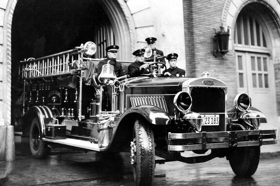 Early 1900s: A San Francisco Fire Department rescue squad in a first engine from the first half of the 20th Century.