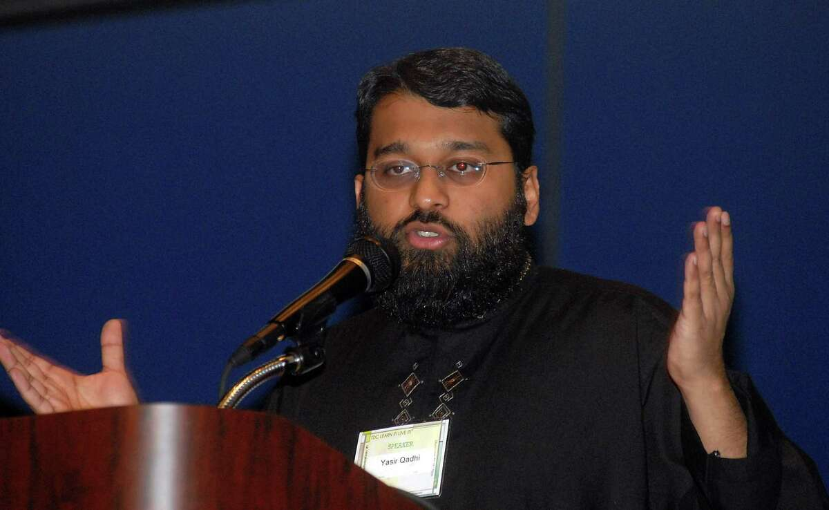 Yasir Qadhi delivers a speech about animal rights in Islam at the Texas Dawah Convention at the George R. Brown Convention Center Dec. 23,2006.(Dave Rossman/For the Chronicle)