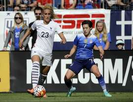United States' defender Meghan Klingenberg (7) plays against France's midfielder Kheira Hamraoui (23) during the first half of a SheBelieves Cup women's soccer match Sunday, March 6, 2016, in Nashville, Tenn. (AP Photo/Mark Humphrey)