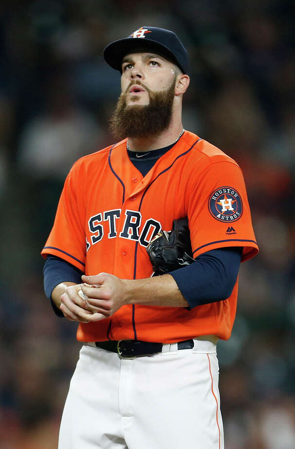 Houston Astros starting pitcher Dallas Keuchel (60) between pitches during the sixth inning of an MLB baseball game at Minute Maid Park, Friday, April 15, 2016, in Houston. ( Karen Warren / Houston Chronicle ) Photo: Karen Warren, Staff / © 2016 Houston Chronicle