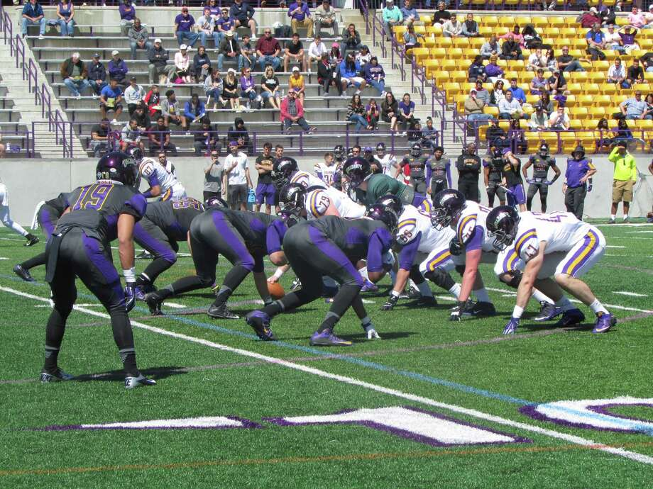UAlbany offense sputte...