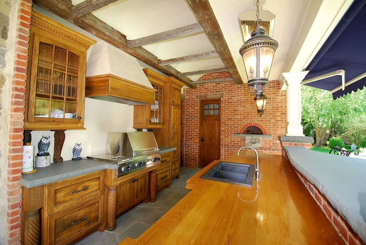 541 Sasco Hill Rd, Fairfield, CT 06824 6 beds 10 baths 8,291 sqftFeatures: The pool cabana has a brick oven imported from Tuscany. The yard also boasts a pool and hot tub, putting green with sand trap, terraces, and English garden.View full listing on Zillow
