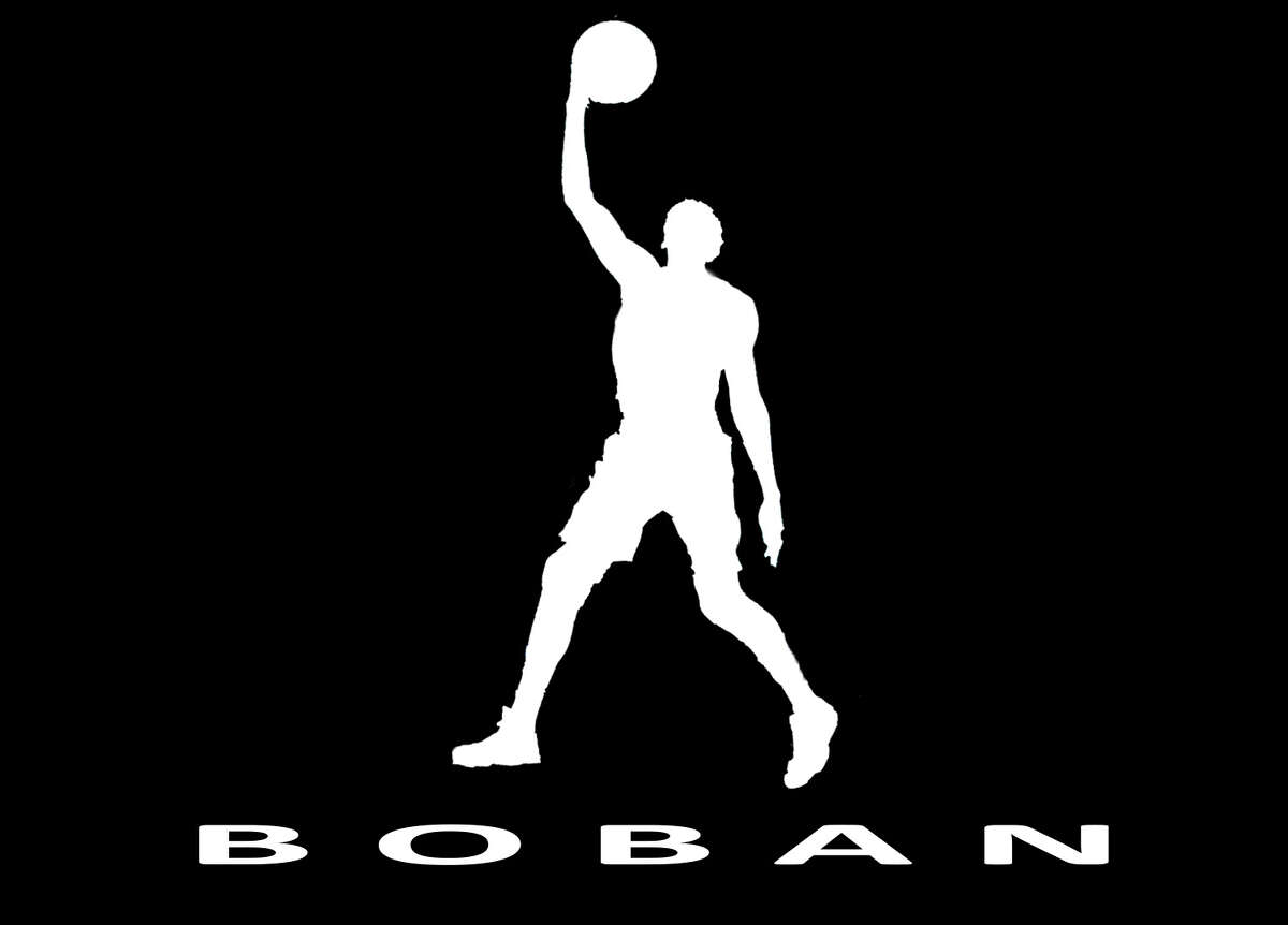 Spurs bigman Boban Marjanovic has had an impressive rookie campaign in 2015-16, highlighted by some merciless, posterizing dunks on opponents.