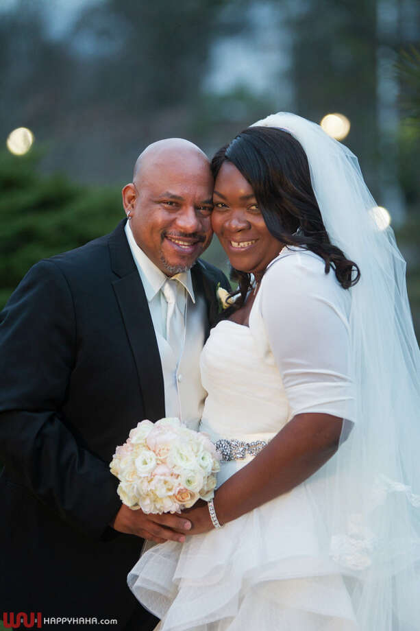 Charmaine Mercedes Davis, daughter of Elisha and Beatrice Davis of Stamford, married Lawrence Benson Ford, Sr, at the Stamford Marriott Hotel & Spa in January. Photo: Happyhaha At Wah Studios / HAPPYHAHA.com