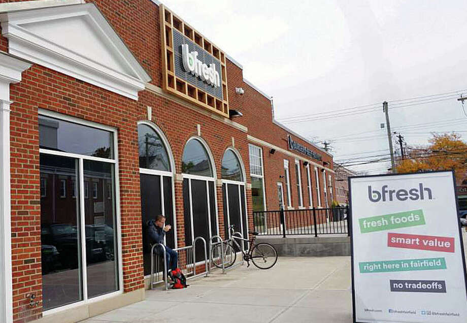 The bfresh market, which opened last October in the downtown commercial complex renovated from the former U.S. Post Office, will close by the end of the month. Photo: File Photo / Fairfield Citizen