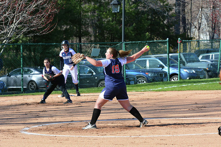 GFA freshman Maddy Canning (New Canaan) pitched every inning in her team's opening week of play. Photo: Contributed / New Canaan News
