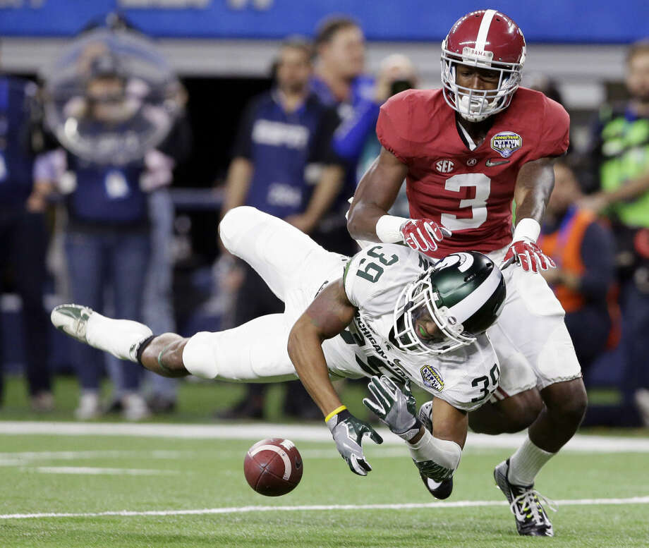 Michigan State cornerback Jermaine Edmondson (39) breaks up a pass meant for Alabama wide receiver Calvin Ridley (3) during the first half of the Cotton Bowl NCAA college football semifinal playoff game, Thursday, Dec. 31, 2015, in Arlington, Texas. (AP Photo/LM Otero) Photo: LM Otero