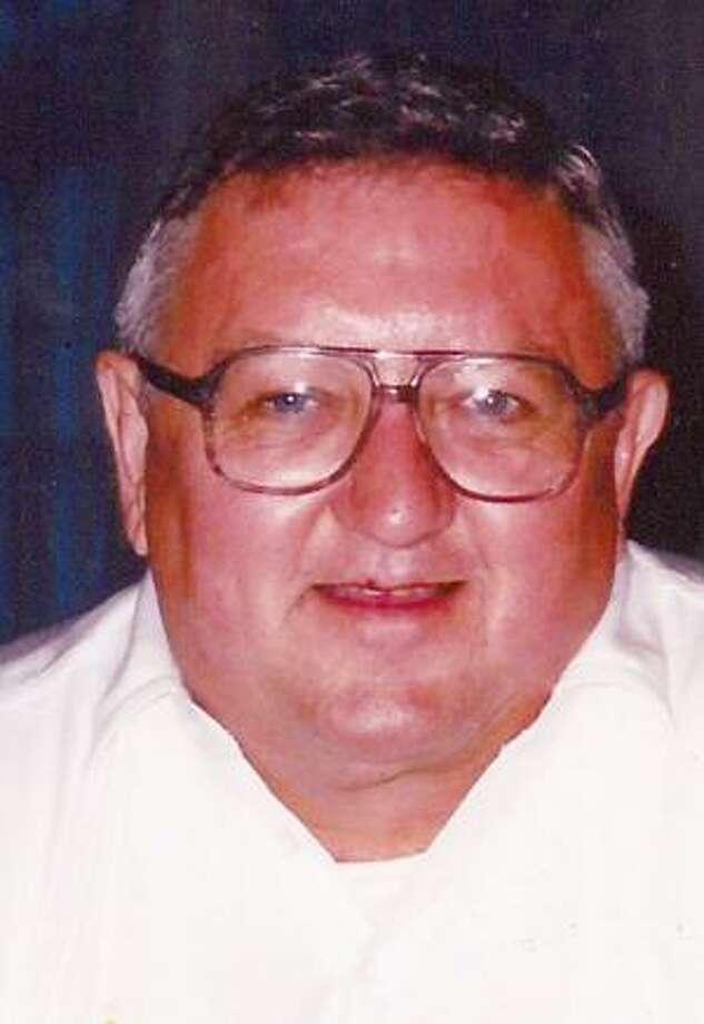 Robert E. Goll