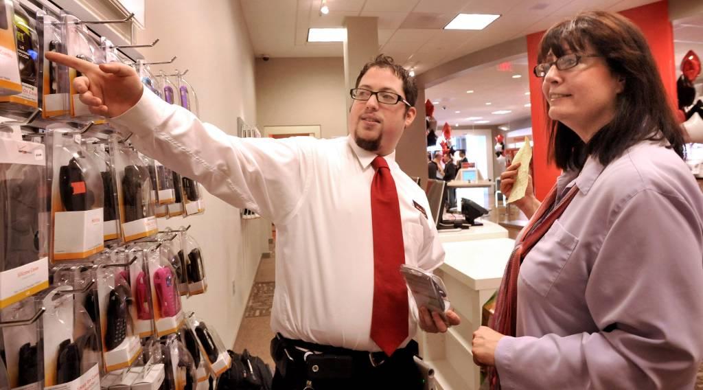 Verizon pushes ahead in Danbury - NewsTimes
