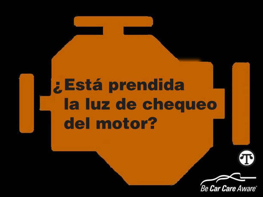 """Si la luz de """"chequeo del motor"""" está prendida no significa que debe detener su carro inmediatamente, significa que usted lo debe chequear cuan pronto posible. (NAPS)"""
