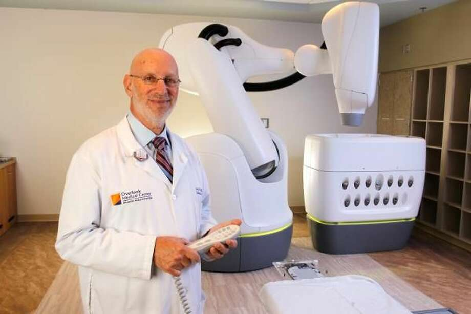 CyberKnife technology is helping physicians like Dr. Schwartz deliver safer, high-quality care.