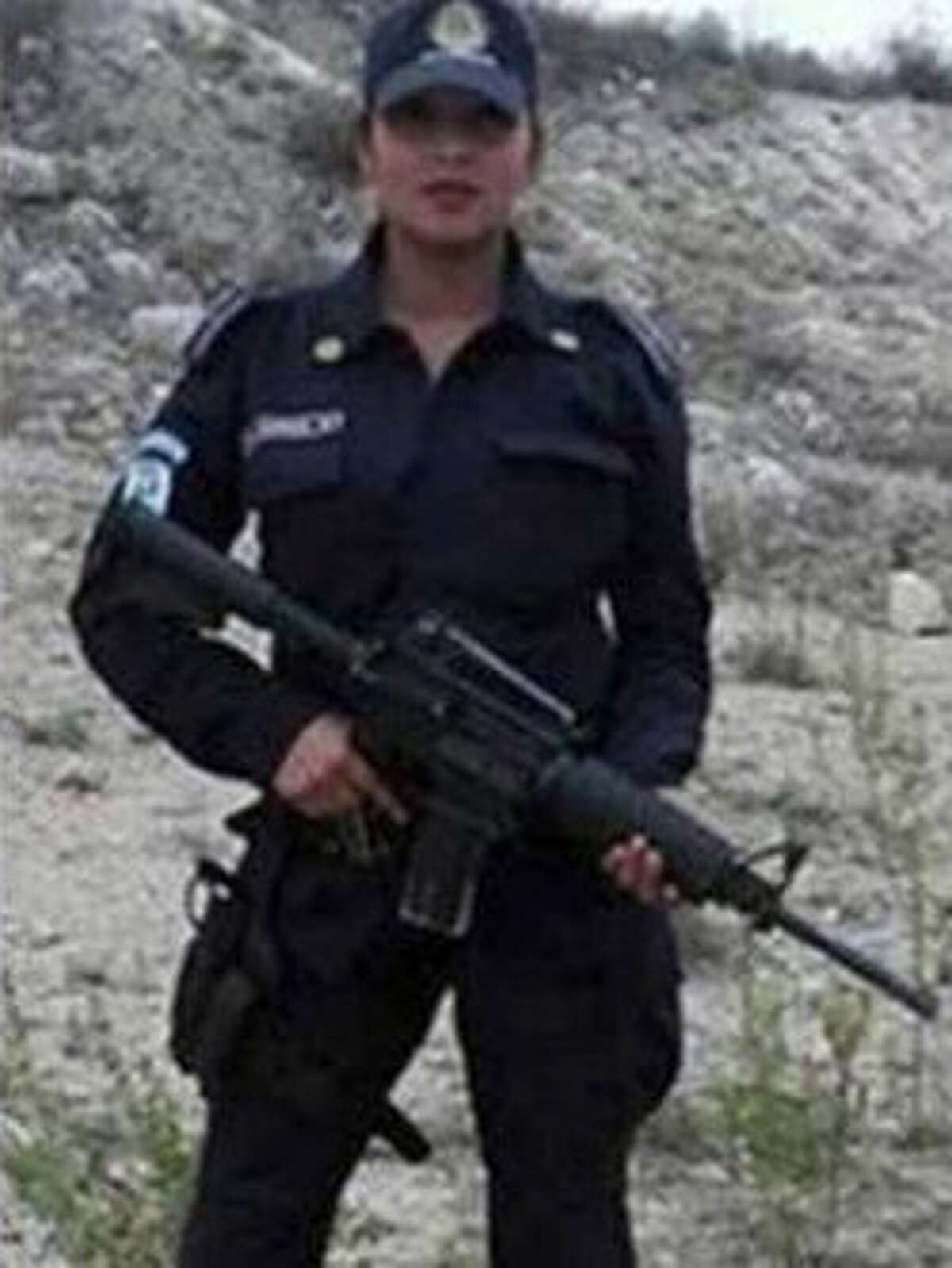 Police Officer Arrested For Posting Nude Photos Of Wife