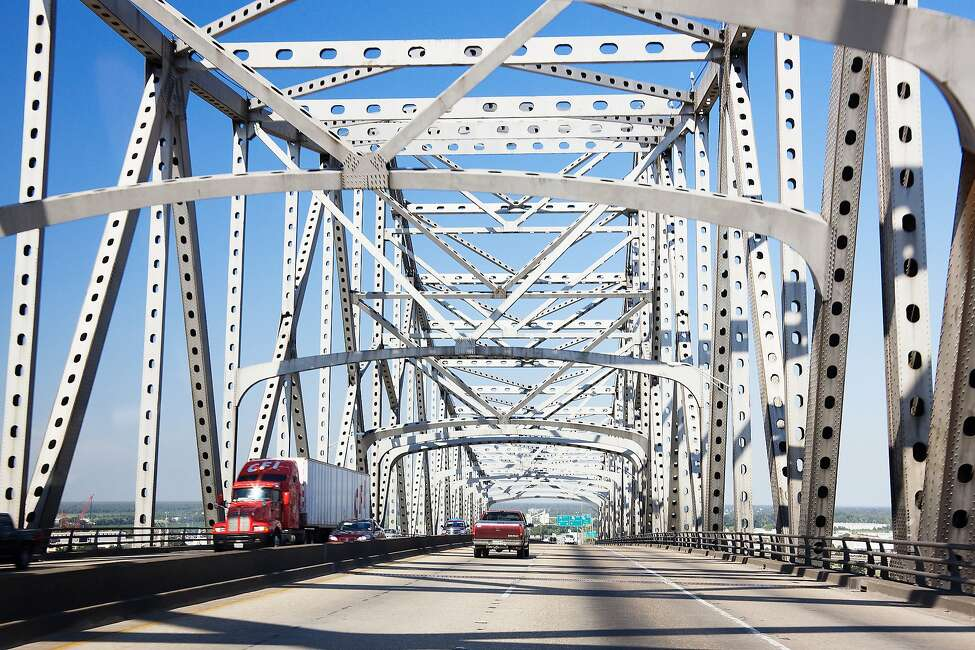 10) Mississippi 2018 infrastructure score: D+ Deficient bridges: 11.8 percent Roads in poor or mediocre condition: 51 percent (Source: CNBC)